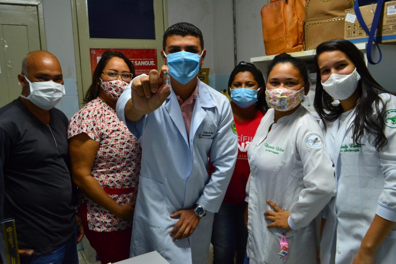Posto da Maré recebe 455 doses da vacina contra a Covid-19   Prefeitura de  Macaíba